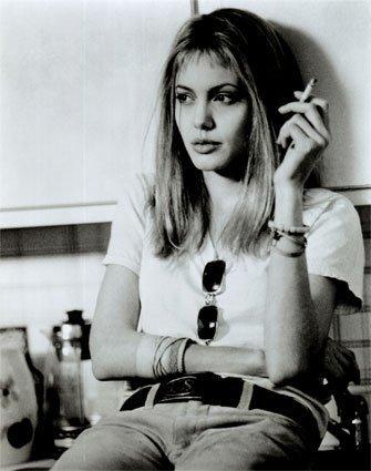 angelina-jolie-girl-interrupted-_265072551.jpg