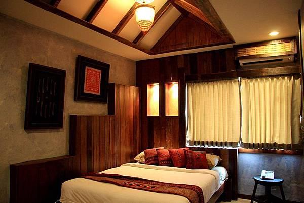 1namman gallery hotel room-5.jpg