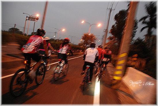2009萬人崇Bike52.JPG
