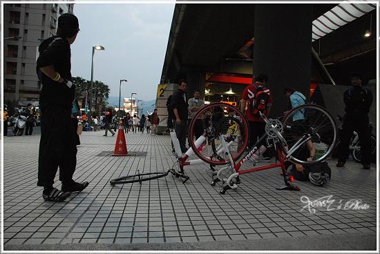 2010媽祖萬人崇Bike2.JPG
