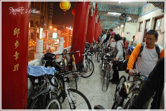 2010媽祖萬人崇Bike11.JPG