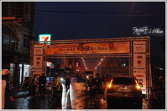 2010媽祖萬人崇Bike16.JPG