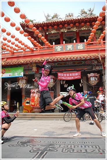 2010媽祖萬人崇Bike34.JPG
