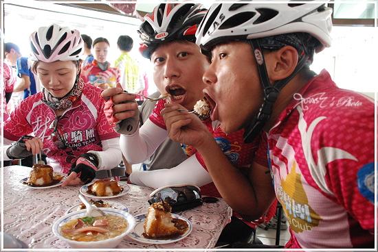 2010媽祖萬人崇Bike36.JPG
