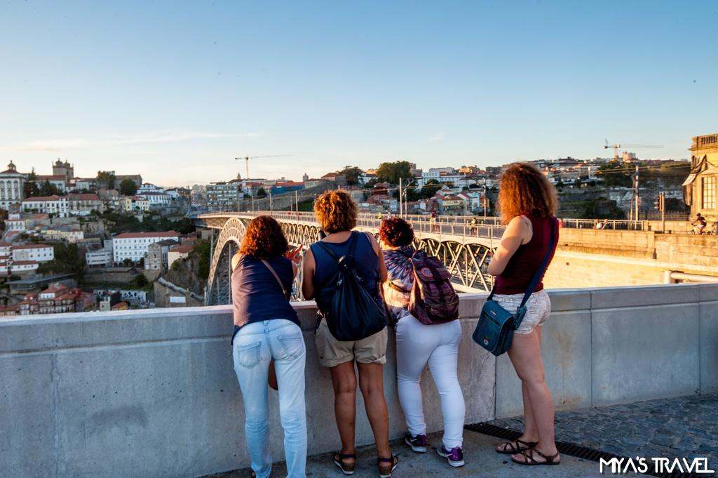 葡萄牙波多- 和好友們一塊看夕陽