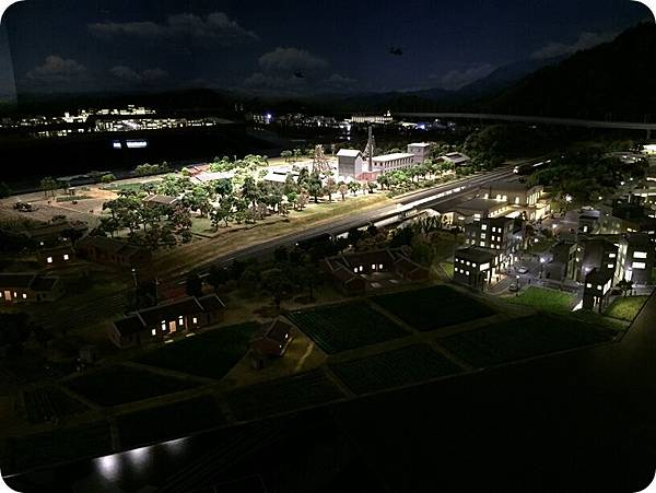 台南鄉村夜景.JPG