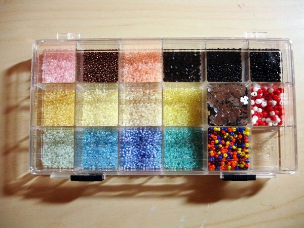 """small beads  """"珠""""寶盒"""