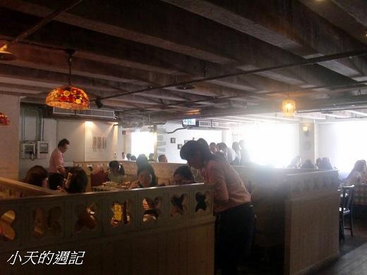 洋旗西餐廳內部