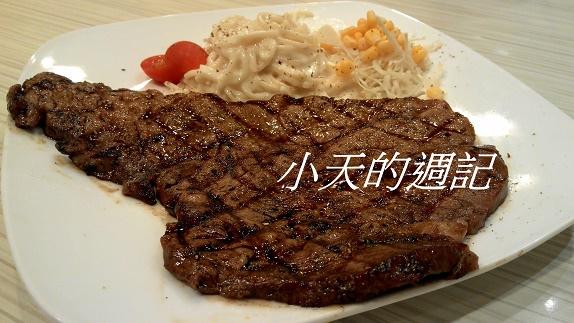 Queen's steak11.jpg
