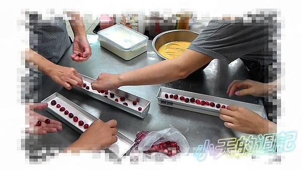 【課程體驗】Wendy's house 寵愛玫瑰伯爵夫人千層蛋糕&蔓越莓覆盆子奶凍捲8.jpg