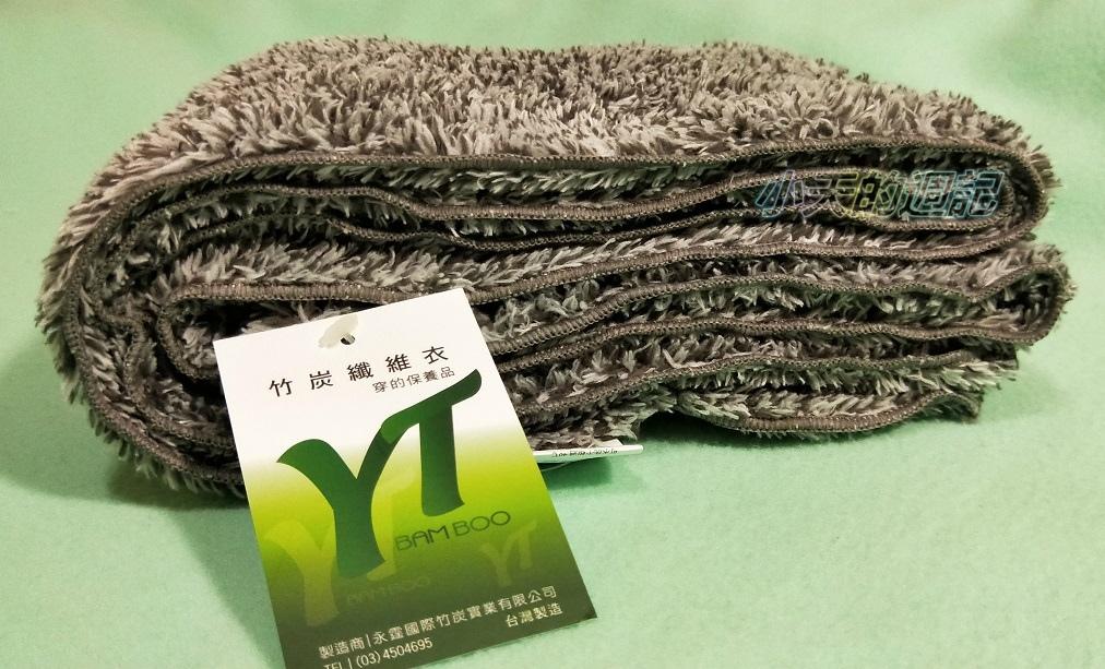 【試穿】皇家竹炭珍珠絨帽.圍巾2