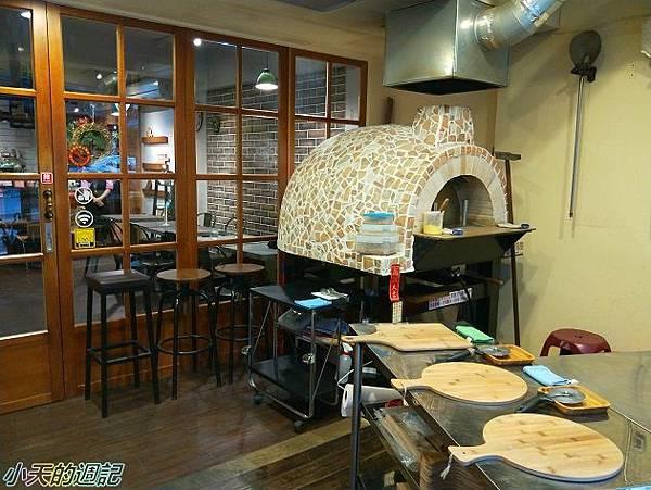 【市政府站美食】Pizza Alla Pala 帕拉窯烤披薩3.jpg