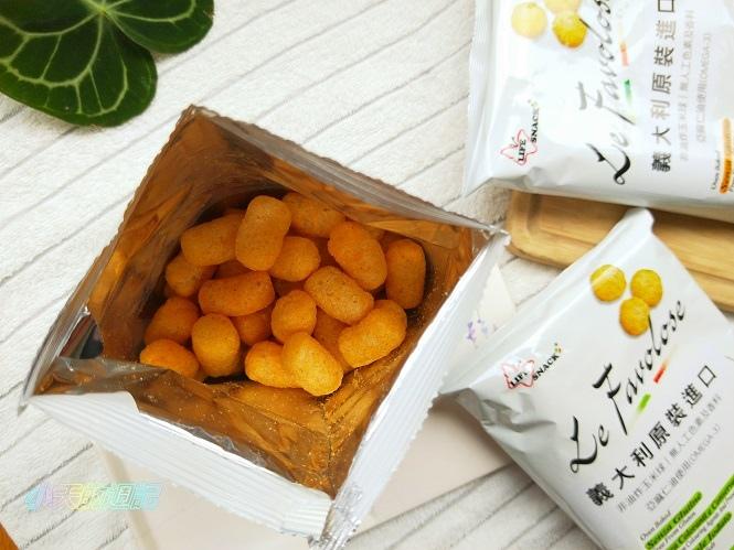 【零食推薦】喬山叔叔 義大利Life Snack 香焙玉米球4.jpg