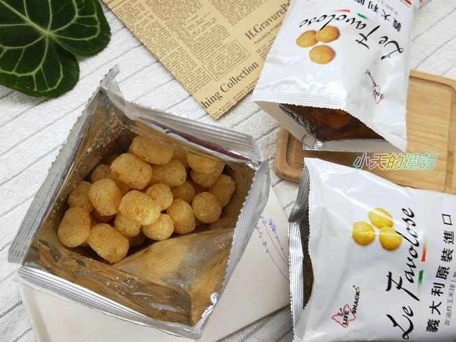 【零食推薦】喬山叔叔 義大利Life Snack 香焙玉米球10.jpg