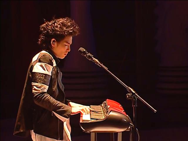 萧敬腾.-.[洛克先生Mr.Rock演唱会Live纪实].演唱会.jpg