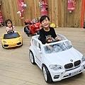 Taiwan Yilan Bed and Breakfast paternity car
