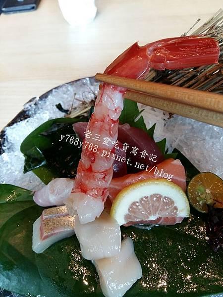 胭脂蝦生魚片-老三用電子鍋做料理.jpg