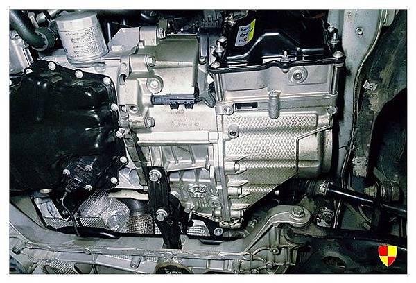 AUDI A3 更換變速箱電腦總成_180207_0013