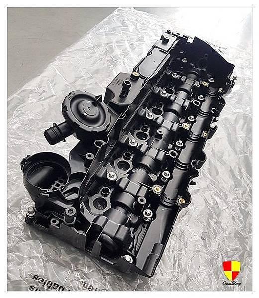 BMW F01 730d換汽門蓋2012_180307_0015
