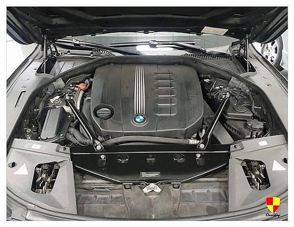 BMW F01 730d換汽門蓋2012_180307_0024