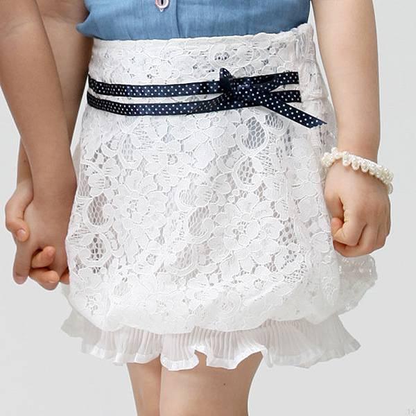 F0004  白色花苞裙