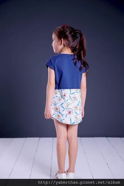 蘭花T恤連衣裙2