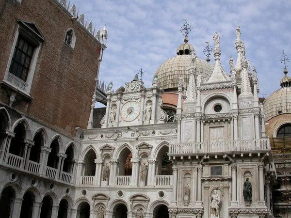 church in Venice 2.JPG