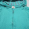 綠色短袖外套近照