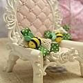 蜜蜂嗡嗡嗡
