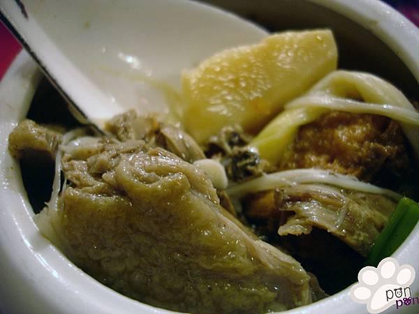 雜燴砂鍋鴨