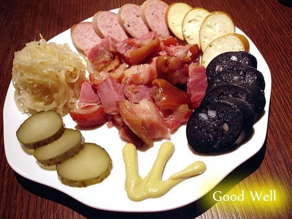 德國豬腳+三款香腸