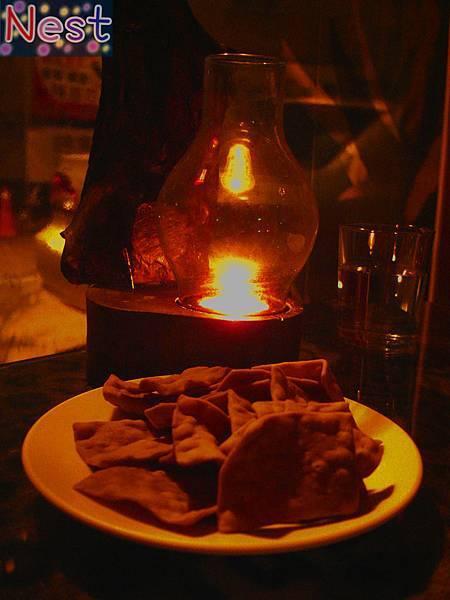 桌燈+餅乾