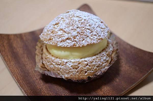 粉と卵-シュークリーム