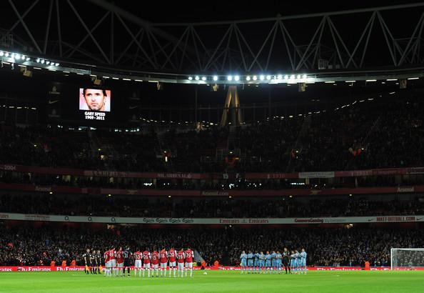 Arsenal+v+Manchester+City+Carling+Cup+Quarter+wI_ZHsu_zr3l.jpg