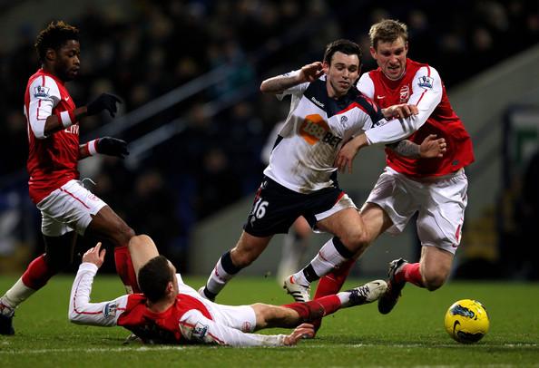 Bolton+Wanderers+v+Arsenal+Premier+League+YLrwwQiDzzbl.jpg