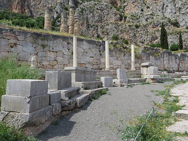 Day2-德爾菲-阿波羅神殿-27.JPG