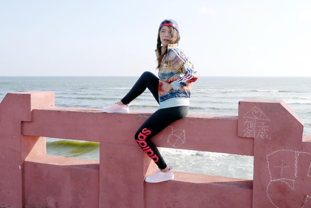 IG熱門打卡景點四草大橋粉紅少女心搭adidas superstar3