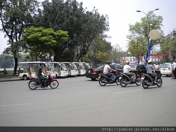 河內街景觀光車