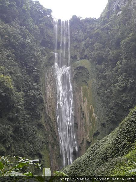 通靈峽谷188.6米瀑布2