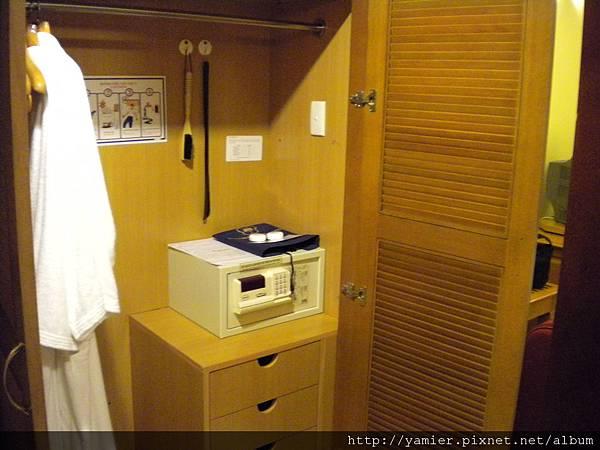 下龍灣酒店衣櫥