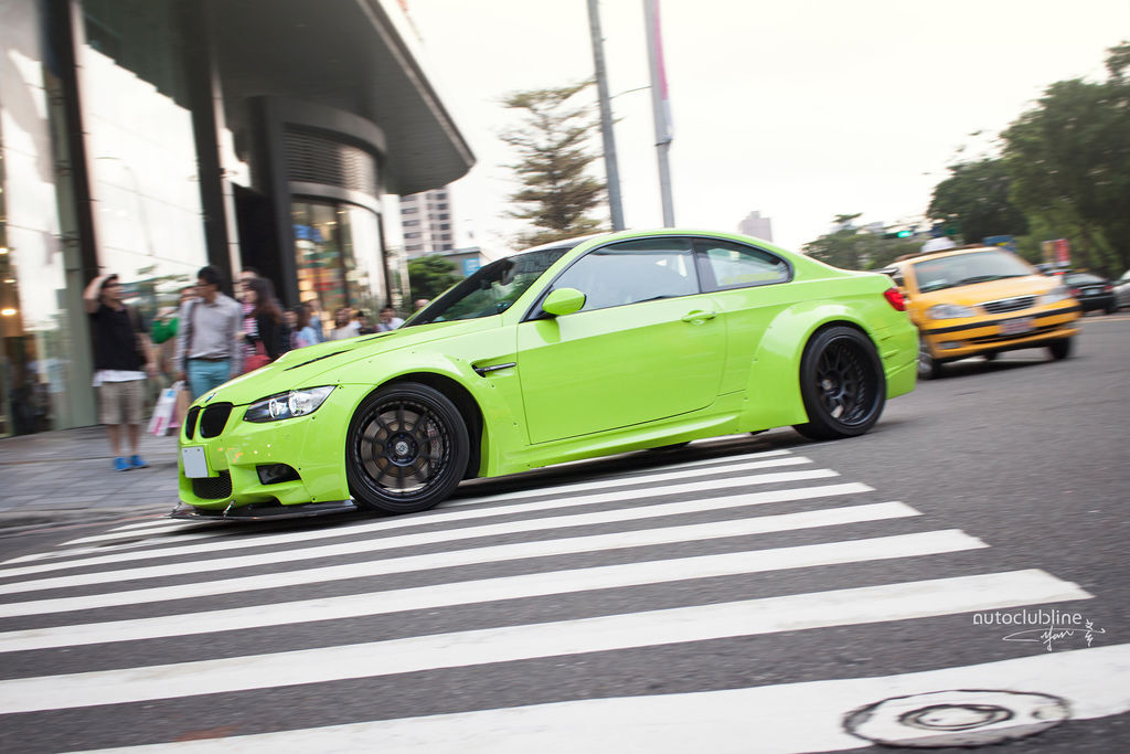 BMW E92 M3 LB Performance Widebody