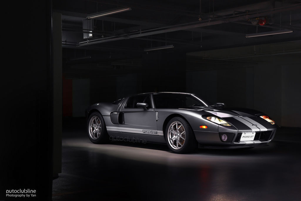 Ford GT 2004