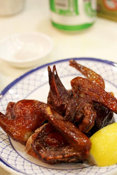 澳門茶餐廳乳鴿