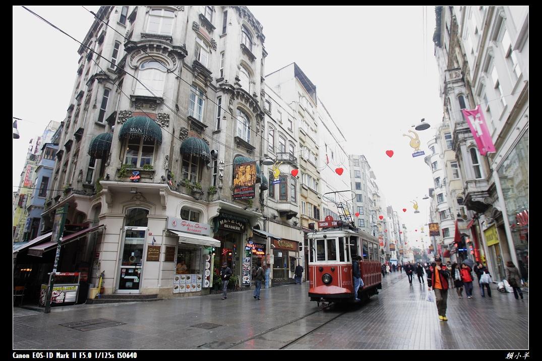 伊斯坦堡塔克辛廣場_08.jpg