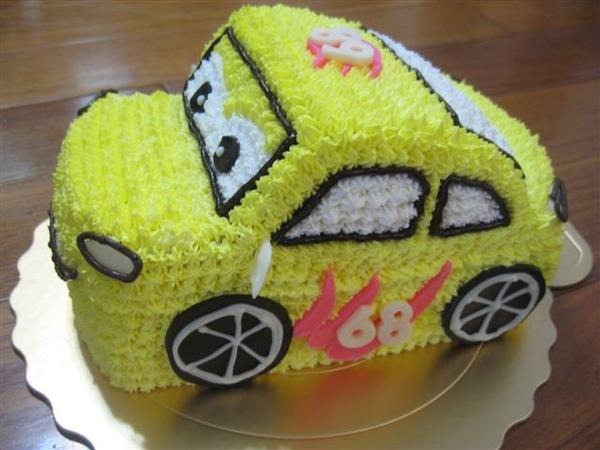 立體小汽車造型蛋糕