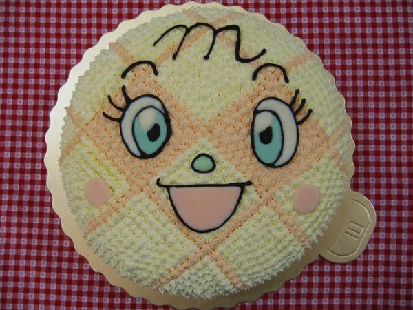 蜜瓜超人造型蛋糕