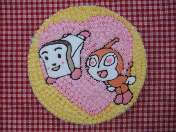 小病毒愛土司超人造型蛋糕