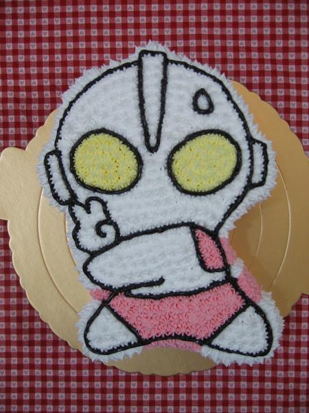 鹹蛋超人造型蛋糕