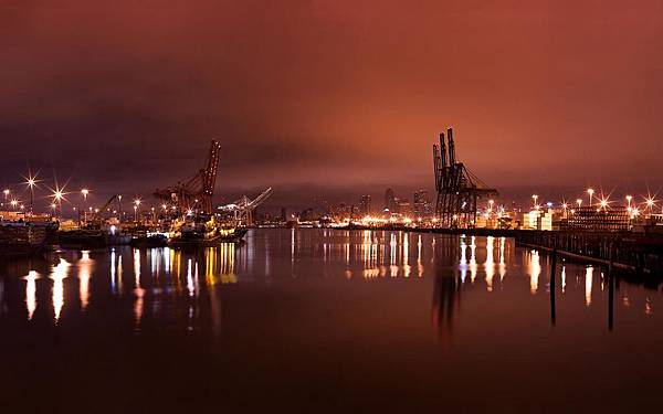 Seattle's Harbor.jpg