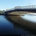 安億橋倒影